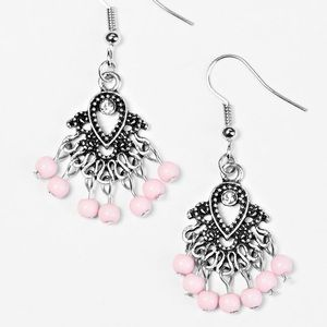 Jewelry - 🏖 A coast call pink earrings